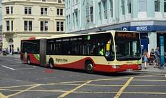 106 Brighton & Hove (KLTP14) Tags: london ex mercedes brighton 106 25 articulated bendy brightonhove bendybuses bd57wde
