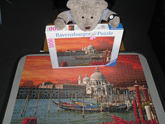 Vennis, sumwear in Italy (pefkosmad) Tags: bear venice sunset italy ted toy stuffed soft teddy fluffy hobby plush puzzle leisure jigsaw grandcanal complete pastime ravensburger 1000pieces tedricstudmuffin
