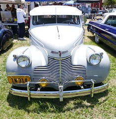 1940 Chevrolet (bballchico) Tags: chevrolet sedan 1940 santamaria carshow 40s 4door viejitoscc cruisinnationals westcoastkustomscruisinnationals tonybaro