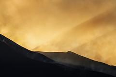 (alberta dionisi) Tags: tramonto giallo sicily etna vulcano eruzione albertadionisi