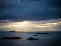Sunrays over Fife (jason-l) Tags: sunset sea sky cloud sun fife forth sunrays northberwick firthofforth eastlothian