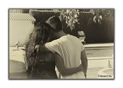 Qu bonito es el amor (Otra@Mirada) Tags: sepia pareja retrato amor bn virado festejar