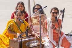 DUE_4491r (crobart) Tags: dedication statue ji golden vishnu hill ceremony richmond celebration idol hanuman unveiling hindu hinduism mandir bapu pujya morari