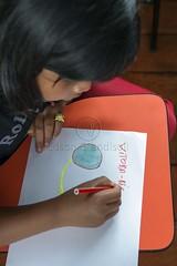 _TEF5564 (Edson Grandisoli. Natureza e mais...) Tags: peixe papel escola lpis menina desenho jovem desenhando amaznia educao ribeirinha cabocla educaoambiental regionorte