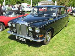 Daimler DS420 Limousine WAP4H (Andrew2.8i) Tags: daimler jaguar ds420 ds 420 limousine classic british luxury saloon scolton manor haverfordwest pembrokeshire car show