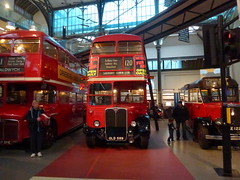 An OLD double decker (Gene Hunt) Tags: bus geotagged coventgarden londontransport londontransportmuseum cityofwestminster 2013 aecregent rt4825 old589 panasonicdmctz20 ltmjan londonwc2e