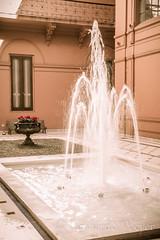 Patio interno Casa Rosada (LeoNardo 316) Tags: casa interior fuente patio interiores por rosada casarosada fontanella casadegobierno canon1755 pordentro patiointerno dentrocasarosadainteriores