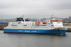 MV Hrossey (Fraser Murdoch) Tags: city blue red orange white ferry grey boat orkney ship harbour north 7 vessel aberdeen 1900 link pm dull shetland lerwick kirkwall direct 7pm mv northlink serco hrossey