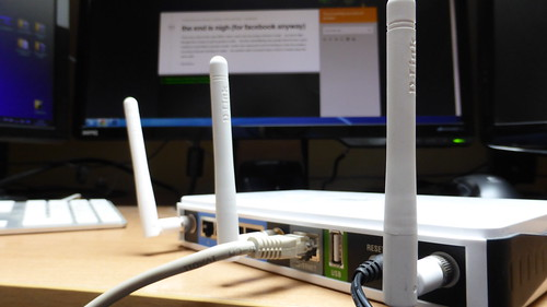 wireless router by Sean MacEntee, on Flickr