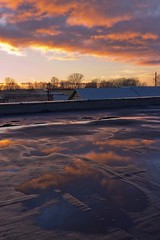 roofs (Sergey S Ponomarev) Tags: city autumn roof sunset sky water clouds canon reflections sundown russia outdoor ngc roofs 600d vyatka viatka сергейпономарев