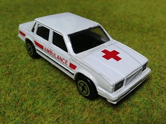 Corgi Juniors Volvo 760 Ambulance Service Vehicle. (firehouse.ie) Tags: rescue bus cars scale car metal toy toys miniatures volvo miniature corgi model die models ambulance vehicles