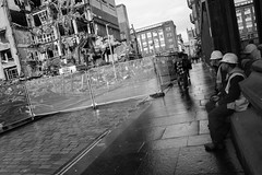 (giuli@) Tags: uk blackandwhite bw digital scotland glasgow demolition constructionsite rudere demolizione scozia giuliarossaphoto noawardsplease nolargebannersplease fujifilmxe1 vision:sky=0738 vision:outdoor=0969 vision:street=0581