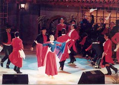 El Conjunto Maucó interpretando Música y Danzas de Chile. Festival de Olmué. Enero de 1997.