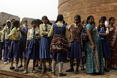 The Field Trip (Culture Shlock) Tags: trip travel school girls people india boys students group fieldtrip outing groups