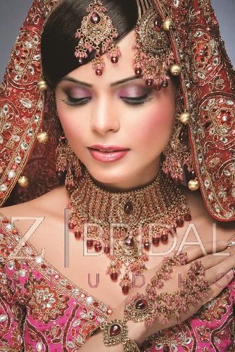 "Z Bridal Makeup 52 • <a style=""font-size:0.8em;"" href=""http://www.flickr.com/photos/94861042@N06/13904207425/"" target=""_blank"">View on Flickr</a>"