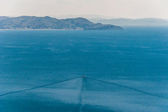 Lanxa (faltimiras) Tags: sun lake sol peru uros titicaca lago island floating bolivia copacabana titikaka taquile isla illa puno llac uro flotante flotant