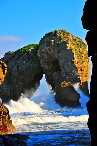 El Mar Rompiendo en el Castro de las Gaviotas