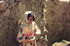 3383 A Hunzakut girl--Pakistan (ngchongkin) Tags: pakistan musictomyeyes autofocus thegalaxy frameit flickrbronzeaward heartawards earthasia wonderfulasia thelooklevel1red thelooklevel2yellow thelooklevel3orange