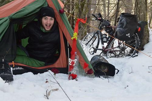 Happy Valentin! #r2s #cycling #wildcamping #tent #valentin #love #bike #winter #snow #germany