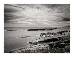 La Isla de Antromero (Jaime Martin Fotografia) Tags: sea bw blancoynegro asturias