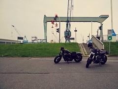 Hafenrundfahrt (cosmoflash) Tags: mobile harbour hamburg harley motorcycle yamaha hd hafen davidson hafenrundfahrt kran 48 stahl motorrad cranz