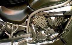 Entraas (Franco DAlbao) Tags: silver design iron motorbike plata moto vehicle motor diseo mechanics acero tcnica mecnica ingeniera vehculo thecnics dalbao francodalbao microsoftlumia ingeniery