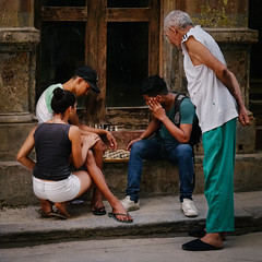 Street Chess (Dalliance with Light) Tags: street portrait people game cu candid havana cuba chess habana lahabana