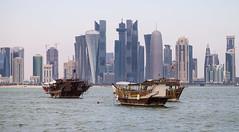Doha, Qatar (maxunterwegs) Tags: arranhacéu boat boot catar cityscape doha gratteciel katar mar meer mer qatar rascacielos sea skyline skyscraper