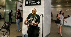 Street singer at Grand Central Terminal - NYC (Pordeshia) Tags: nyc newyorkcity music singer streetperformer grandcentralterminal 42ndstreet nycsubway streetsinger