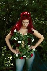 2016-3698 copy (gm.photo) Tags: red green photoshop comics hair dc glamour shoes exposure skin cosplay alien ivy location wig poison cosplayers bombshells gorsefarm