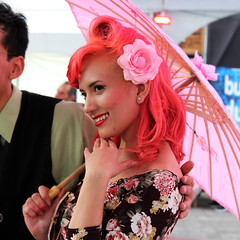 Retrato rosa (laap mx) Tags: pink woman flower umbrella mexico mujer mexicocity flor rosa sombrilla ciudaddemexico 1x1