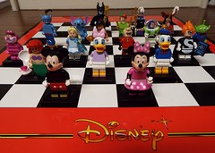 Lego minifigs Disney series 2016 (Paranoid from suffolk) Tags: lego stitch buzzlightyear alice alien peterpan disney aerial syndrome collection mickeymouse series minifigs aladdin ursula donaldduck collectibles genie cheshirecat mrincredible captainhook minimouse daisyduck 2016 minifigures maleficient 7777777 blindbag