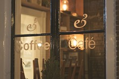 Through the window/ Explored #13 (sonia.sanre) Tags: window coffee shop night lights luces noche cafe bokeh warmth special date