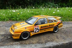 1/18 Minichamps Ford Sierra Cosworth RS500 touring car (thebigmacmoomin) Tags: ford sierra modified rs bathurst 118 cosworth diecast touringcar bensonhedges rs500 code3 tonylonghurst