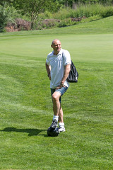 046 (patrizia lanna) Tags: persone albero allenatore buca calcio campo esterno footgolf giocatore gioco golf luce memorial movimento natura palla panorama parco prato verde rapallo italia