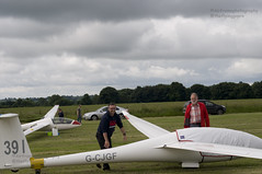 Grid.. (Air Frame Photography) Tags: uk england flying aircraft airplanes competition gliding glider gliders ls oxfordshire dg shenington bga regionals avgeek realflying