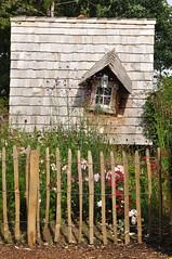 my home is my castle (nirak68) Tags: wood fence deutschland juli zaun holz ger eutin gartenhaus hexenhaus 191366 hausgrten schleswigholsteinkreisostholstein lgs2016 2016ckarinslinsede landesgartenschaueutin substategardenshow