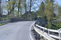 2013-04-21 (321) Strasburg Pennsylvania - country road (JLeeFleenor) Tags: bridge photography photos pennsylvania oldhouse pa views countryroad stonehouse
