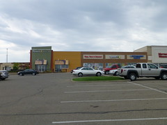 Milltown Mall shopping center in Wooster, Ohio (Fan of Retail) Tags: road ohio retail mall shopping bread toes pittsburgh center tips beyond burbank stores sprint panera paints wooster milltown 2013