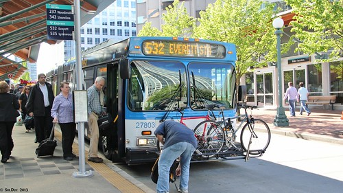 Community Transit New Flyer D60LF #27803