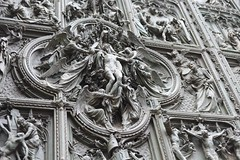 Milan Duomo (Geeshariff) Tags: italy milan church buildings landscape europe cathedral duomo