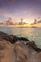 The way to freedom - La Digue Seychelles (lathuy) Tags: ocean africa sunset sea sky mer beach night de stars island islands la soleil indian coucher ile boulders filter national tropical moonlight seychelles plage indien starry source geographic equatorial rochers digue praslin granit dargent ansesourcedargent mahé ndgrad mostbeautifulbeachintheworld