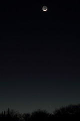 PanSTARRS 015 fb (Matt Hays) Tags: arizona sky moon rio skyline night canon eos rebel march az rico astronomy comet 2013 riorico panstarrs rioricoaz t2i march2013 canoneosrebelt2i eosrebelt2i cometpanstarrs