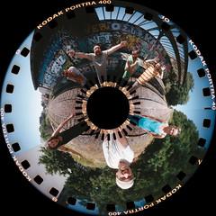 Stan, Jrme, Romain, Stphane, Simone, me & Alana [Round] - 27Jul13, Paris (France) (]) Tags: railroad urban woman selfportrait man paris cute sexy abandoned fil