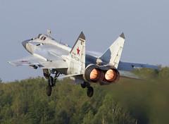 MIG-31 RF-92387 70 CLOFTING IMG_0232+FL (Chris Lofting) Tags: foxhound mig31 russianairforce uude rf92387 savasleykaairbase