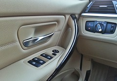 BMW Serie 3 (detalles puerta)