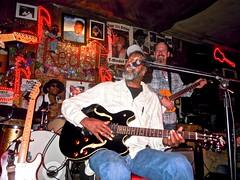 Red's Blues Club ~  Enjoy: (Shein Die) Tags: nikon clarksdale jukejointfestival jukejoints redsbluesclub rlboyce redsblueslounge 2016jukejointfestival