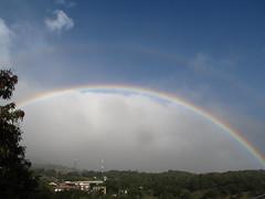 "Santa Elena: un double arc-en-ciel <a style=""margin-left:10px; font-size:0.8em;"" href=""http://www.flickr.com/photos/127723101@N04/26392670683/"" target=""_blank"">@flickr</a>"