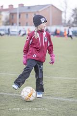 1604_FOOTBALL-77 (JP Korpi-Vartiainen) Tags: game girl sport finland football spring soccer hobby teenager april kuopio peli kevt jalkapallo tytt urheilu huhtikuu nuoret harjoitus pelata juniori nuori teini nuoriso pohjoissavo jalkapalloilija nappulajalkapalloilija younghararstus