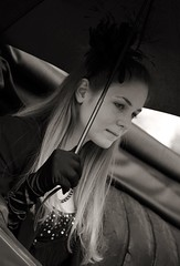 III. Concours d'Elegance 2016 _ FP1095M (attila.stefan) Tags: portrait girl umbrella hungary pentax iii stefan oldtimer concours stefn balaton attila magyarorszg 2016 k50 vetern delegance aut balatonfred portr